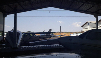 Hangaragem de Aeronaves